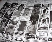 Anuncios de contacto en un periódico