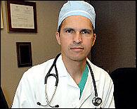 Harold Fernandez, el cirujano que llegó en balsa