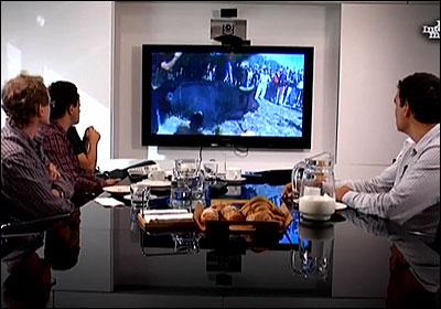 Los corresponsales viendo imágenes del Toro de la Vega