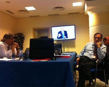 Valeriano Gomez durante el debate