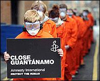 Manifestacion pidiendo el cierre de Guantanamo