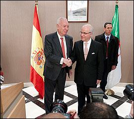 Margallo y Medelci en Argelia