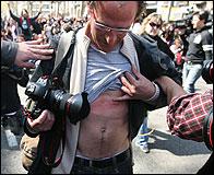 Un foto-periodista agredido en una manifestacion