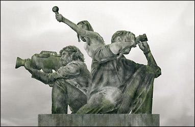 Estatua de reporteros