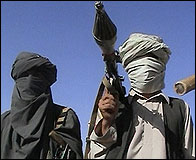 Soldados talibanes