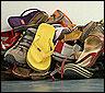 Zapatos viejos para una campaña de Greenpeace